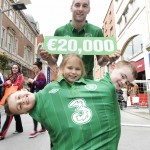 NO REPRO FEE 16/05/2012. Pictured are former Irish international footballer and Barnardos ambassador, Richie Sadlier with (LtoR) Mark Molla Ryan (age 6), Saoirse Jones (age 5) and Evan Paul Leonard (age 5) all from St.. Audoens National School, Dublin to